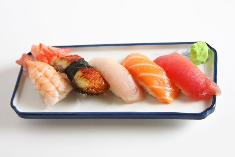 Happy_Hour_Sushi_2